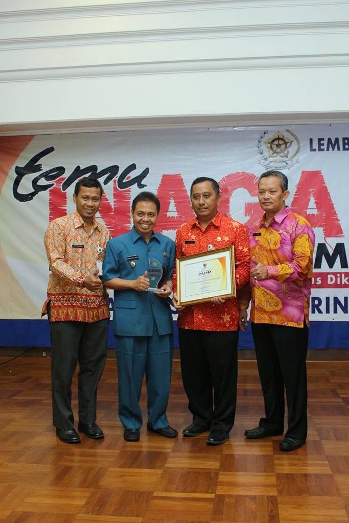 Walikota & Kadisdik Kota Depok Raih Penghargaan INAGARA