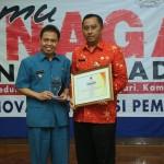 Walikota Depok Nur Mahmudi Ismail bersama Kadis Pendidikan Herry Pansila Prabowo