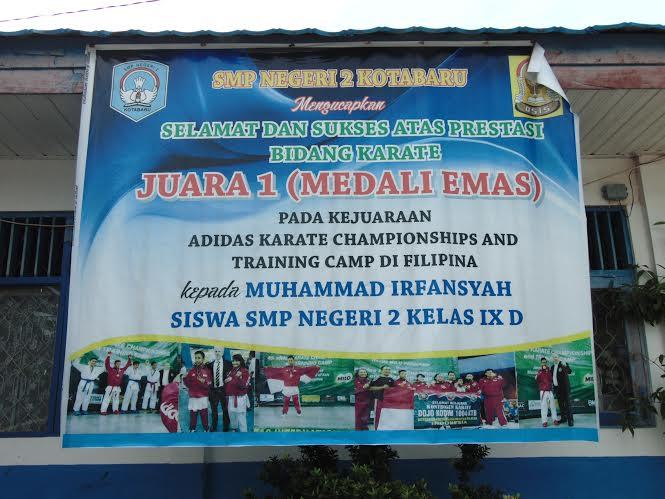 ucapan selamat dari keluarga besar SMP Negeri 2 Kotabaru untuk peraih medali emas