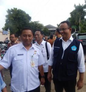 Mendikbud Anies Baswedan bersama Kadisdik Kota Depok, Herry Pansila Prabowo