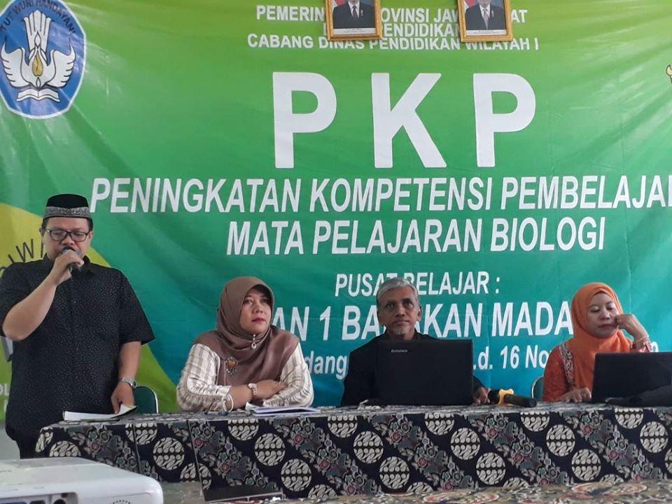 Cabang Dinas Pendidikan Wilayah 1 menggelar pelatihan Peningkatan Kompetensi Pembelajaran (PKP) mata pelajaran Biologi di aula SMAN 1 Babakan Madang.