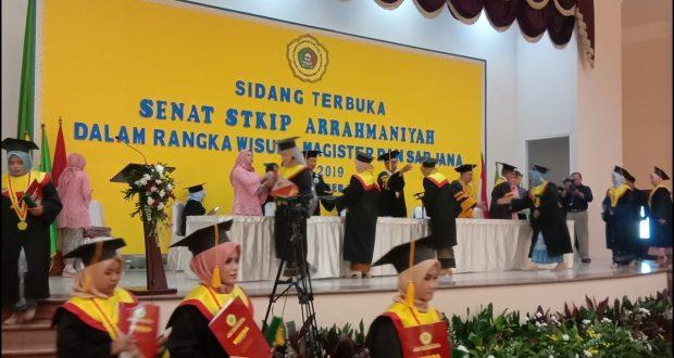 sidang terbuka wisuda Sarjana Pendidikan Angkatan ke XXI dan Program Magister Pendidikan Angkatan Ke IV tahun 2019, di gedung Braja Mustika, Kota Bogor, Selasa (12/12/19).