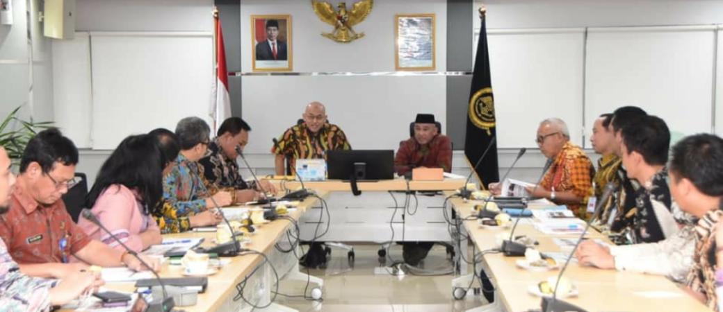 Walikota Depok  audiensi dengan Sekretaris Jenderal (Sekjen) Kementerian Perhubungan (Kemenhub) di Jakarta terkait rencana pembangunan transportasi massal berbasis rel